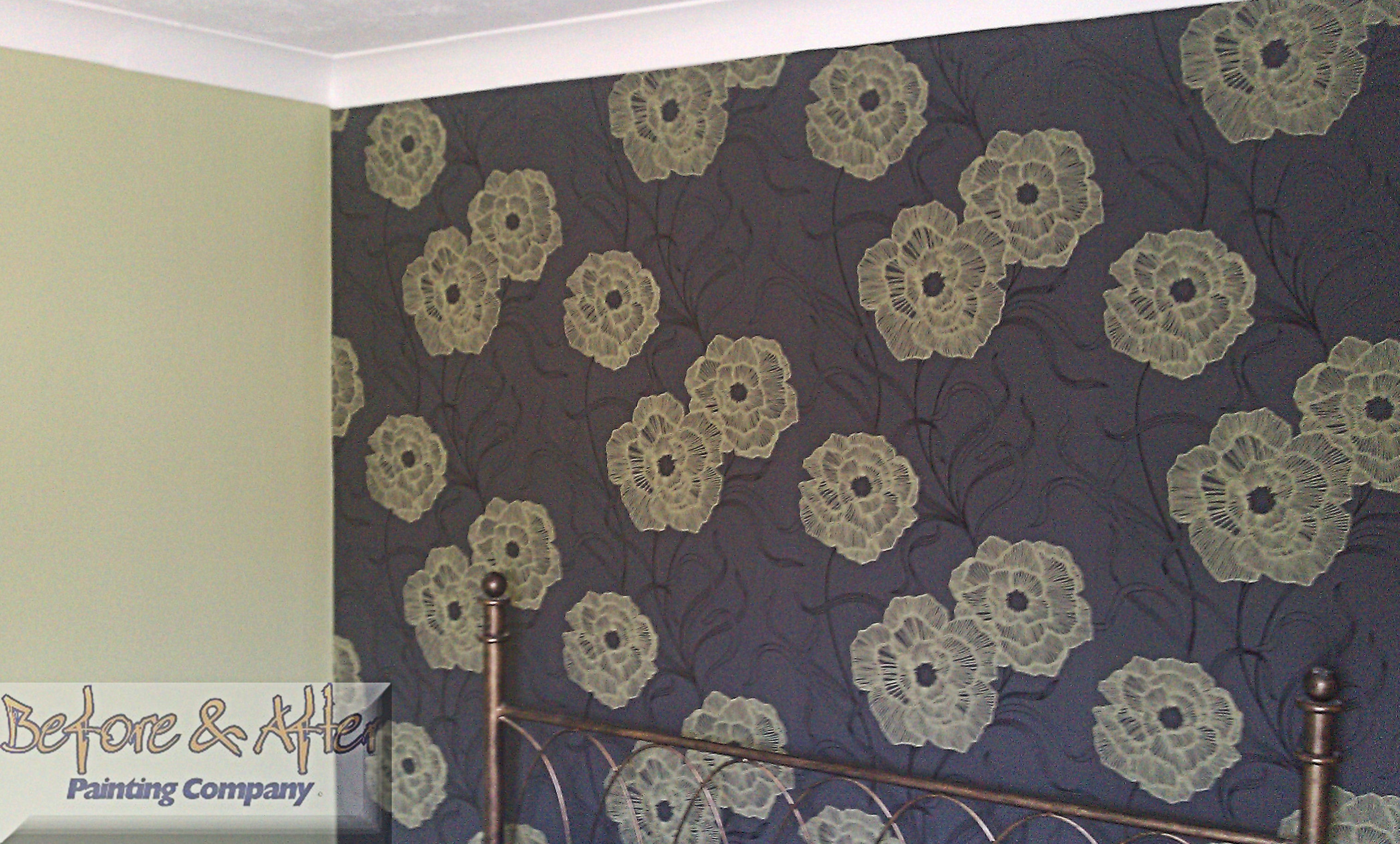 Feature papered wall using Eurostudio Elements