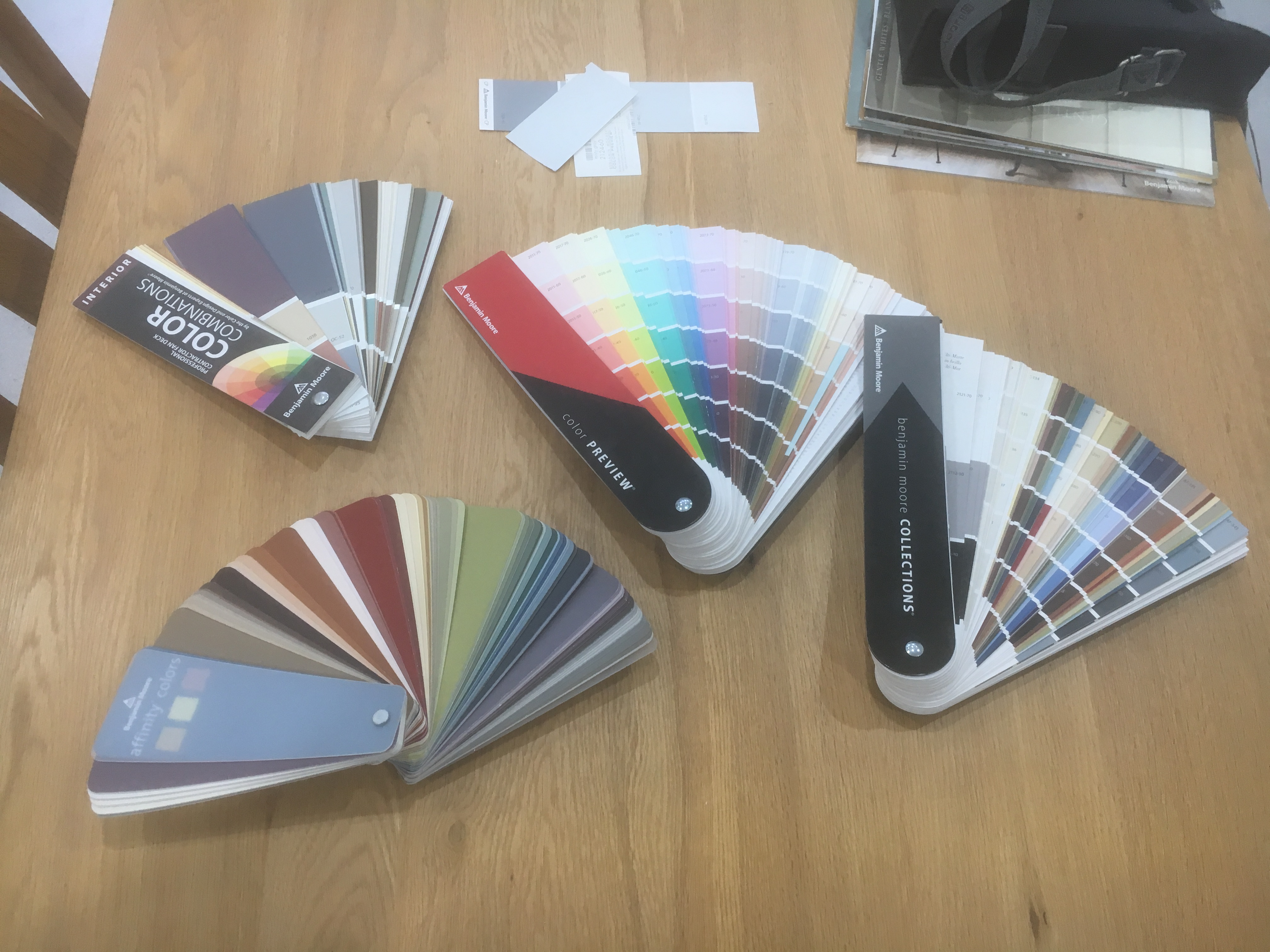 Benjamin Moore Colour Fan Deck